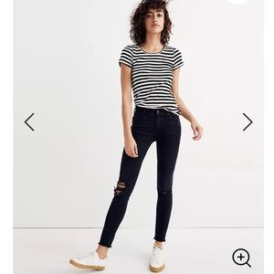 "Madewell 9"" Mid Rise Skinny Jeans in Black Sea"